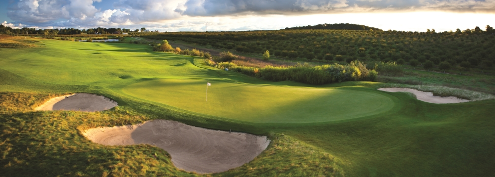 Grand Traverse Resort and Spa - Golf in Traverse City (Acme), Michigan: www.golfmichigan.com/golfcourses/coursedetail.cfm?recordid=5910