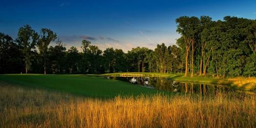 Island Hills Golf Club